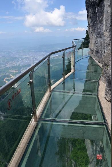 醉美灵山,探秘高空千米玻璃栈道,挑战超越自己