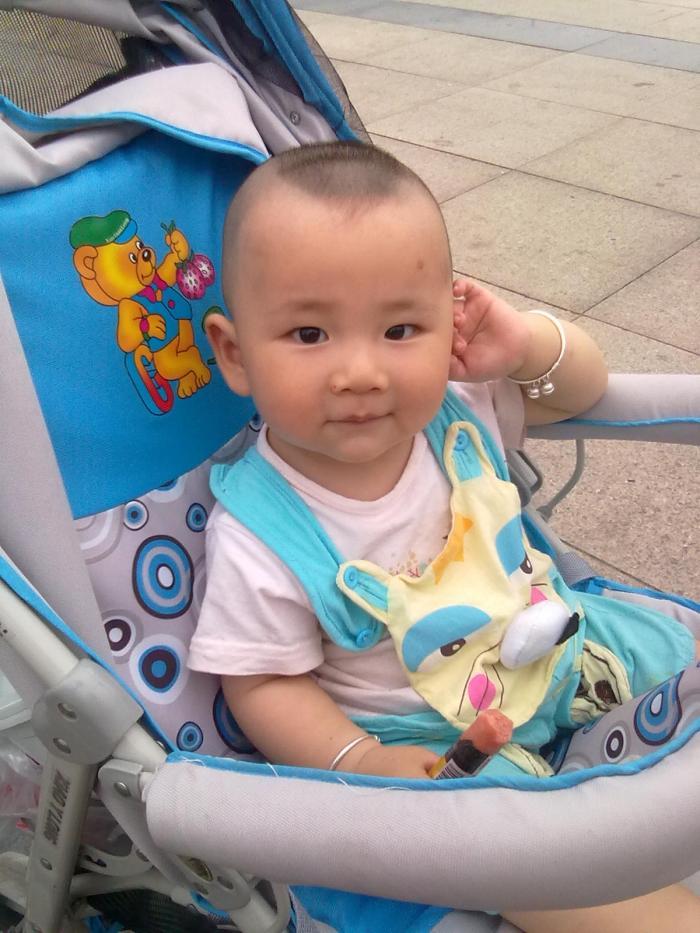 18个月宝宝发型3个月宝宝发型7个月宝宝发型; 谁家有宝宝啊~给宝宝剪图片